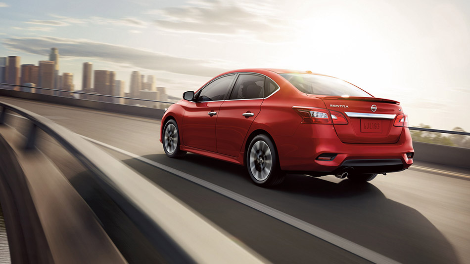 New Nissan Sentra Exterior image 2