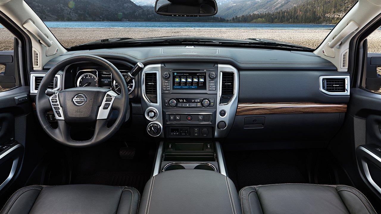 New Nissan Titan Interior image 2