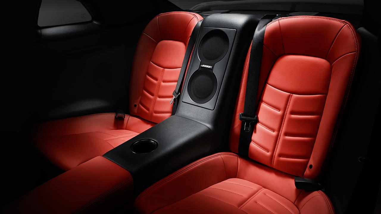 New Nissan GT-R Interior image 2