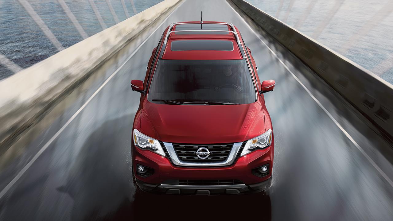 New Nissan Pathfinder Exterior image 2