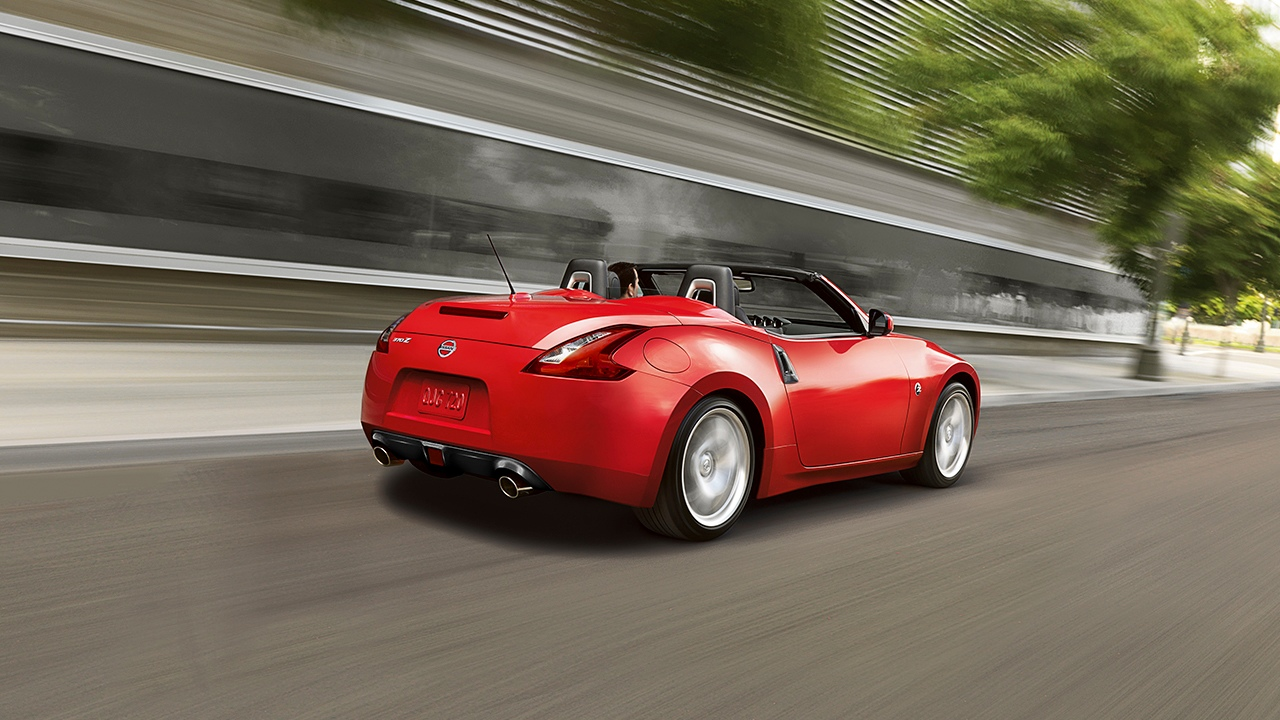 New Nissan 370Z Roadster Exterior Features