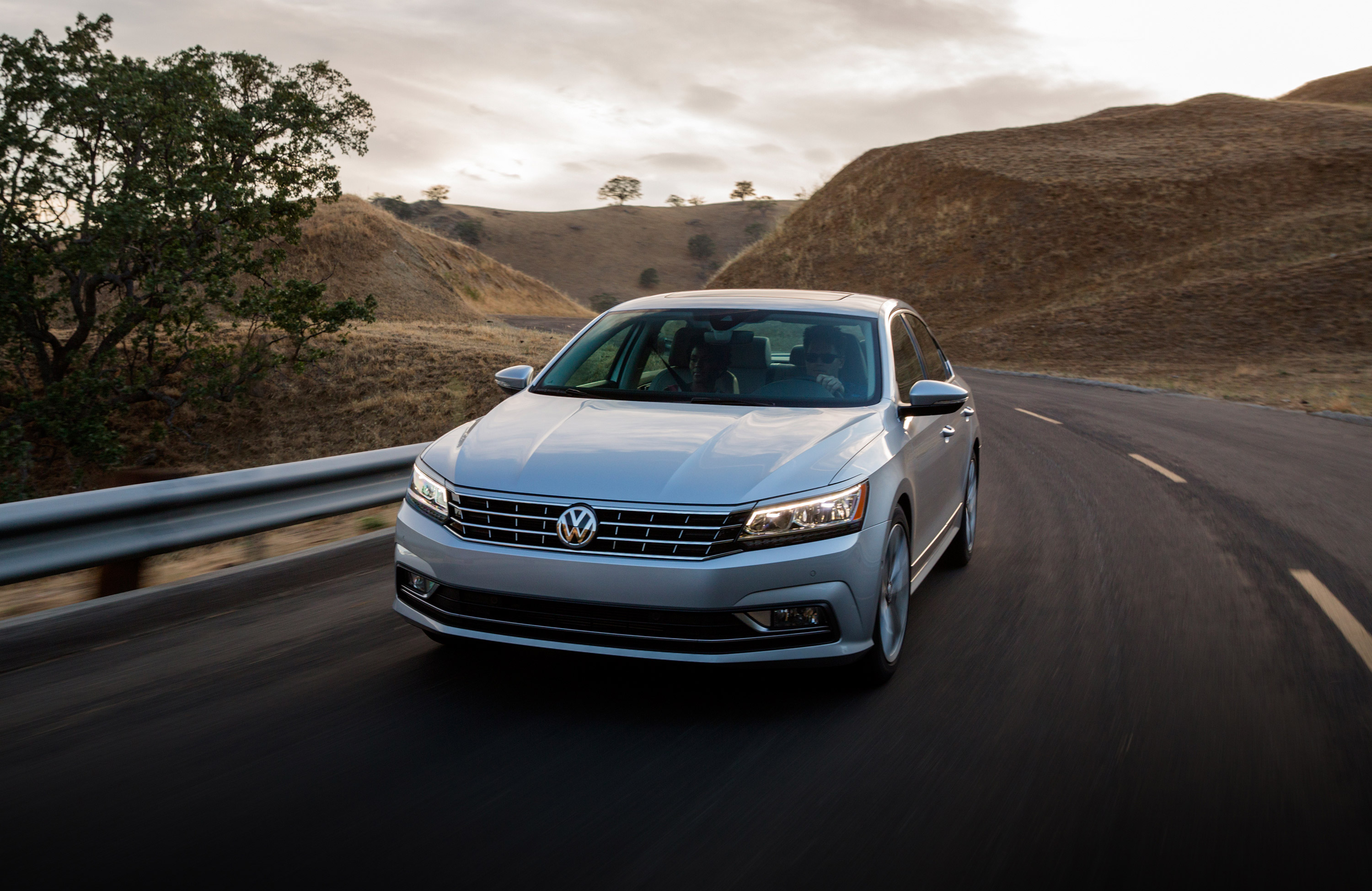 New Volkswagen Passat Lease Deals & Finance fers Van Nuys CA