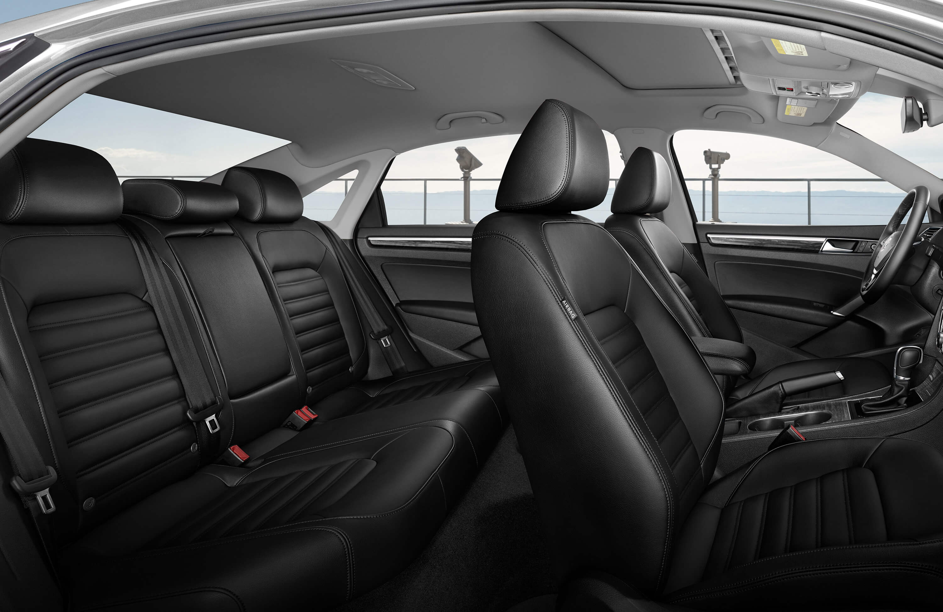 New VW Passat Interior image 1