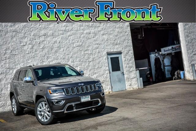 New 2017 Jeep Grand Cherokee in North Aurora Illinois
