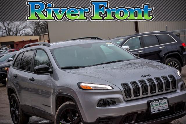 New 2017 Jeep Cherokee in North Aurora Illinois