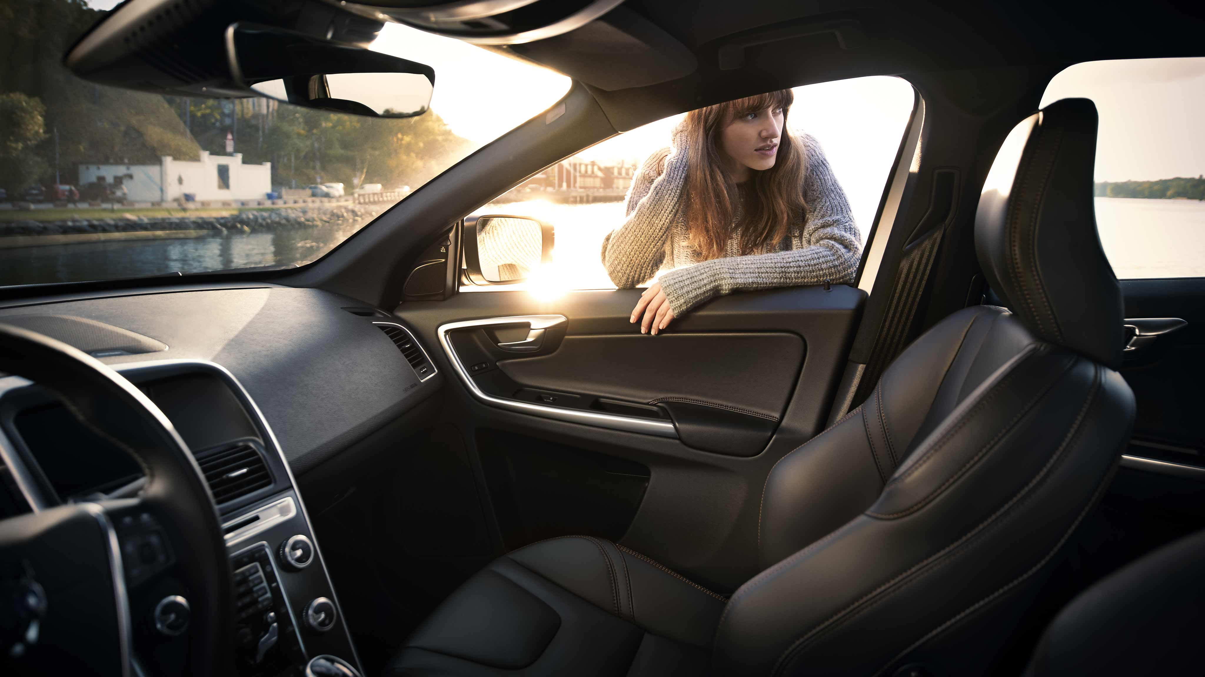 rear reviews volvo top price gear review car