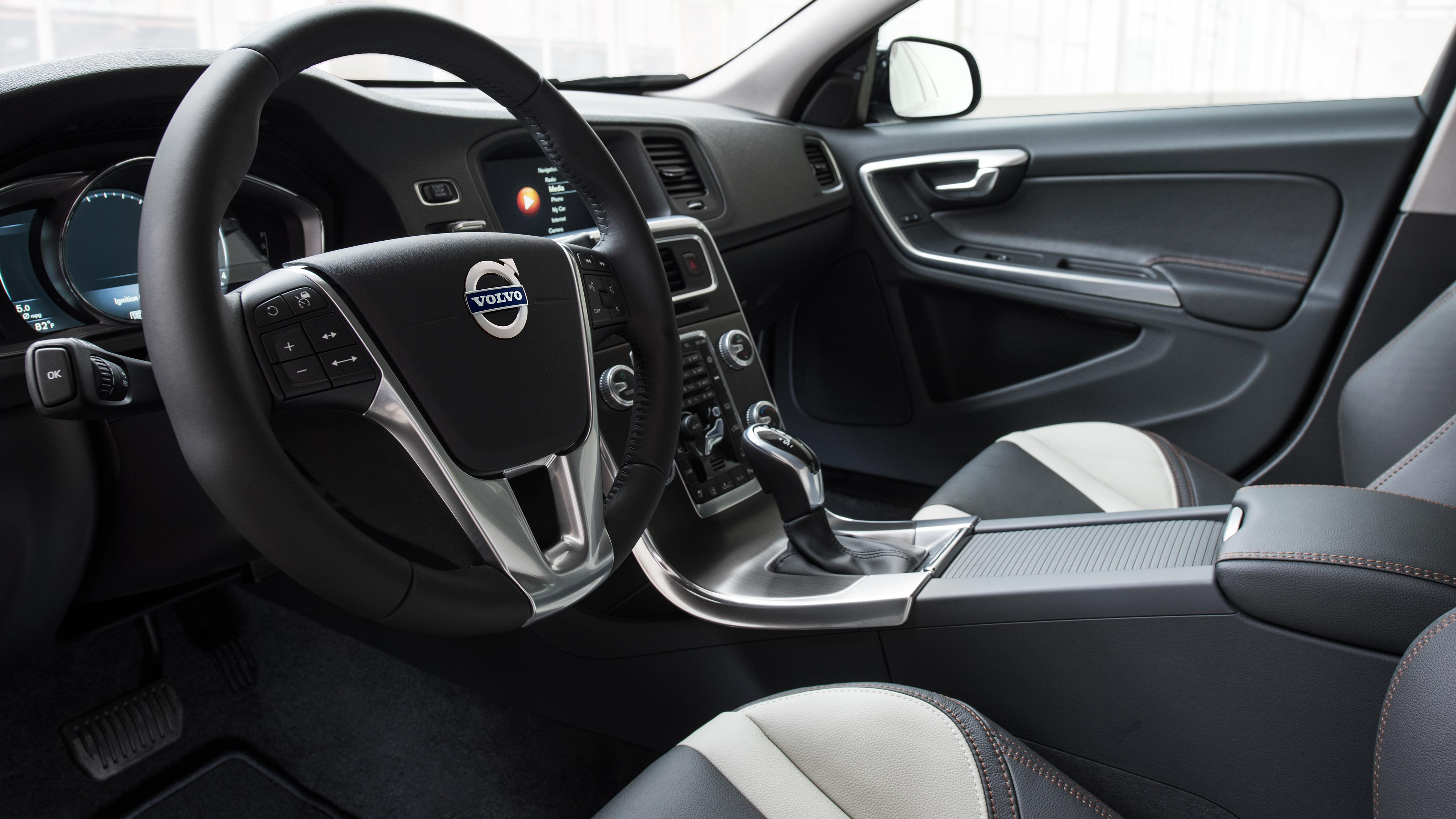 used sedan fwd premier roswell alm accessories drive detail volvo e at