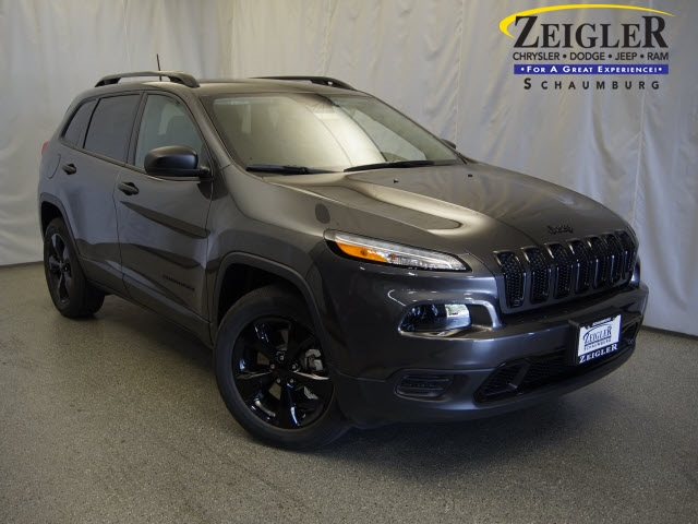 New 2017 Jeep Cherokee in Schaumburg Illinois