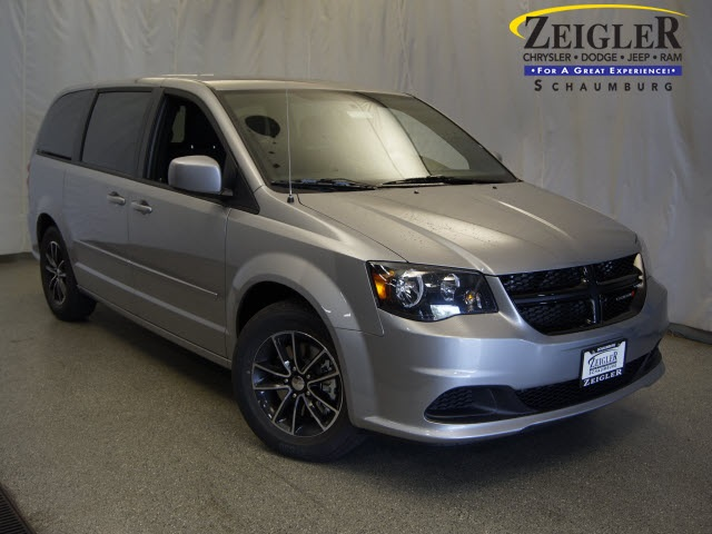 New 2017 Dodge Grand Caravan in Schaumburg Illinois