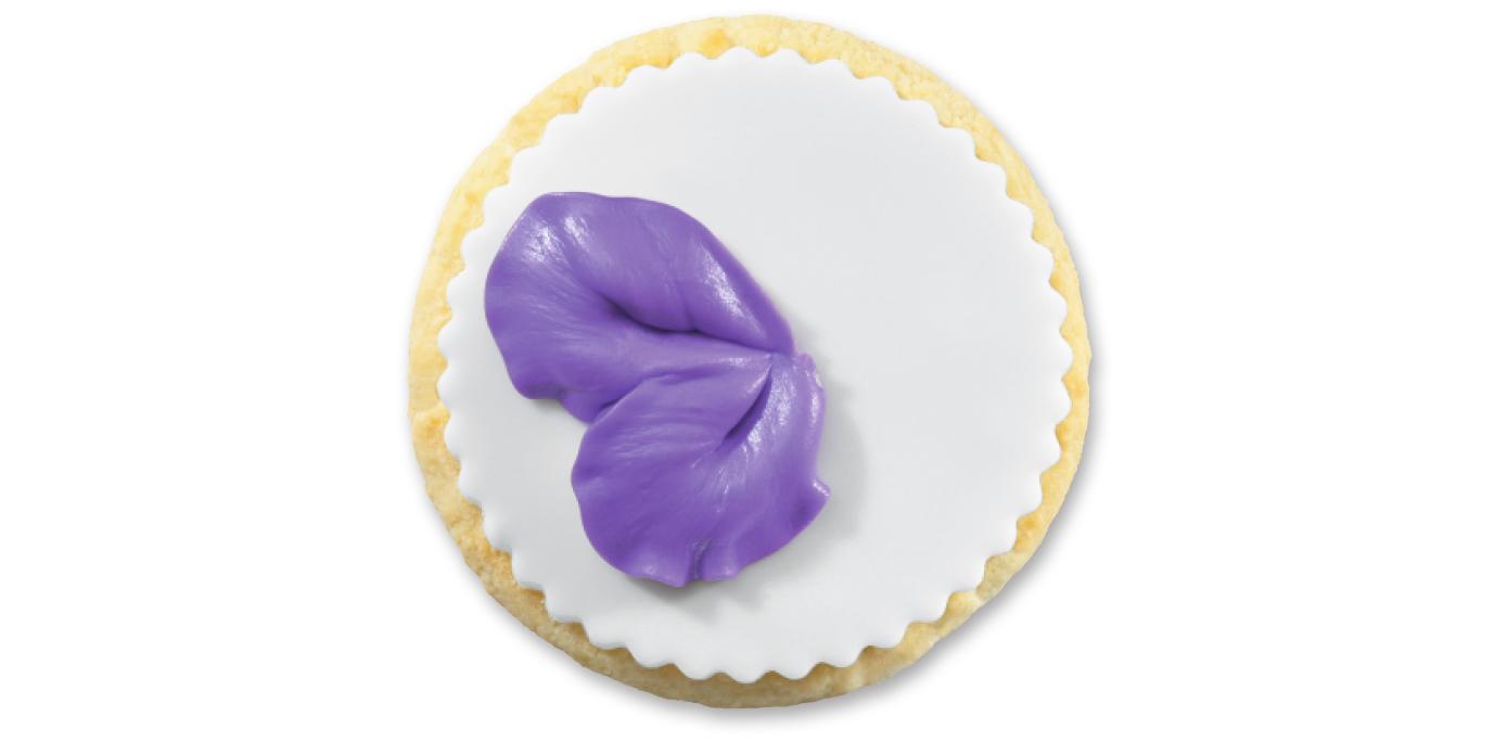 Petal Base In Cake Decorating