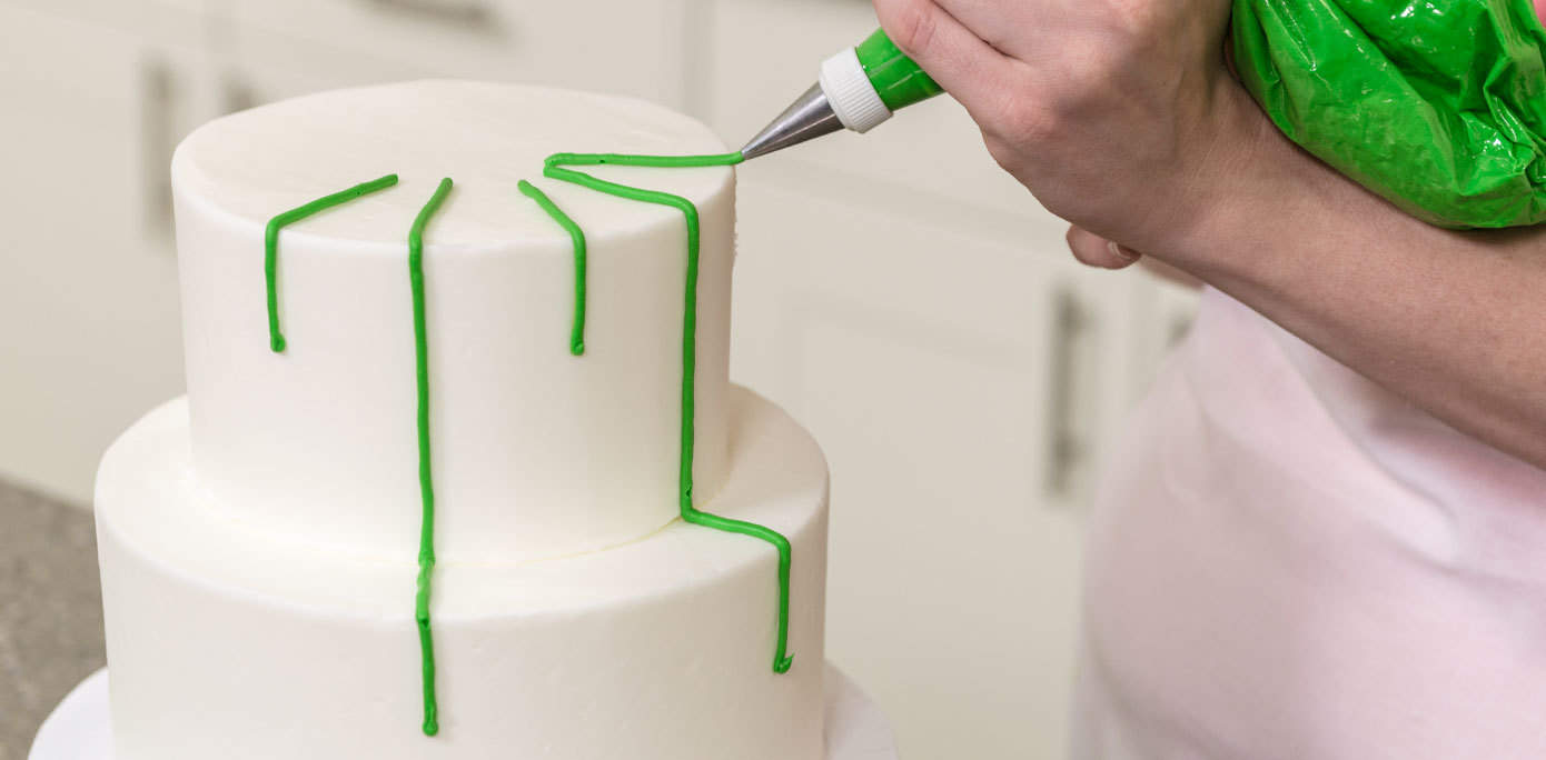how do i make a 2 tier wedding cake how to make a 2 tier ornament cake cakes 15371