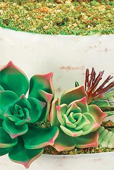 Using Nature to Inspire Wedding Cake Decorations