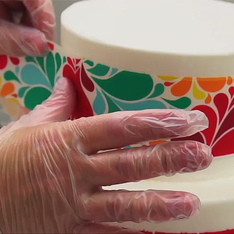 DecoTips: How-To Apply a PhotoCake® Image