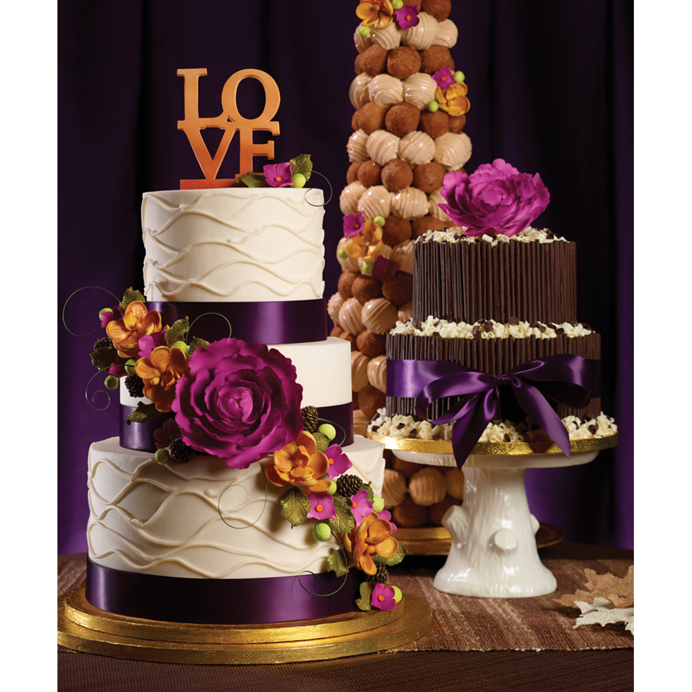 Fall in Love Wedding Cakes