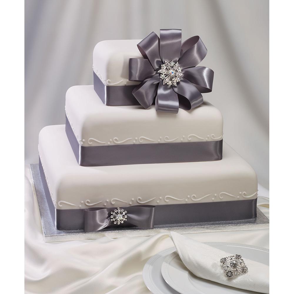 Glamorous Wedding Cake Design
