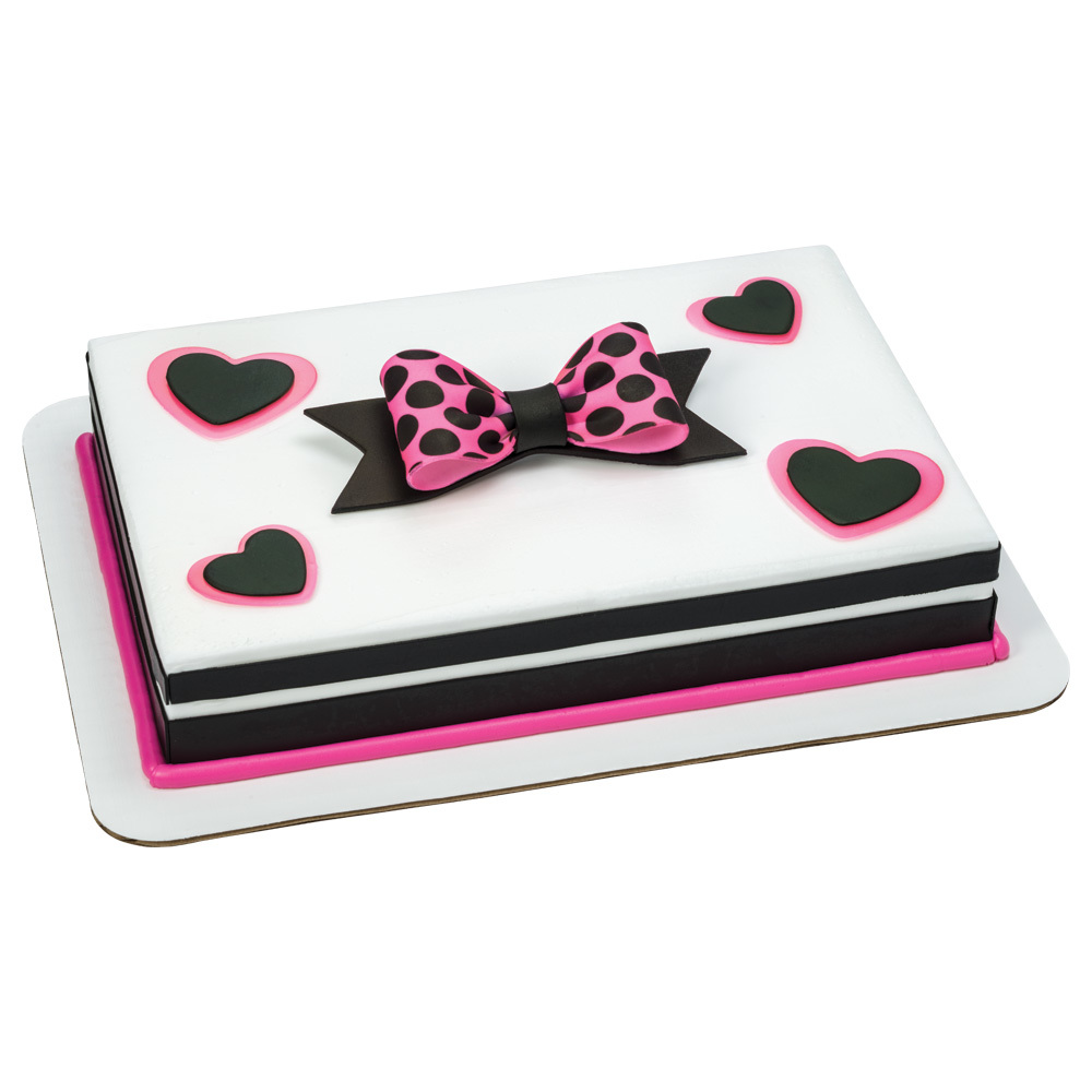 Perfectly Pink Hearts & Dots 1/4 Sheet cake