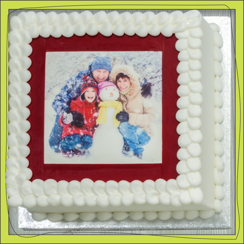 PhotoCake® 1/4 Sheet Family Portrait Cake