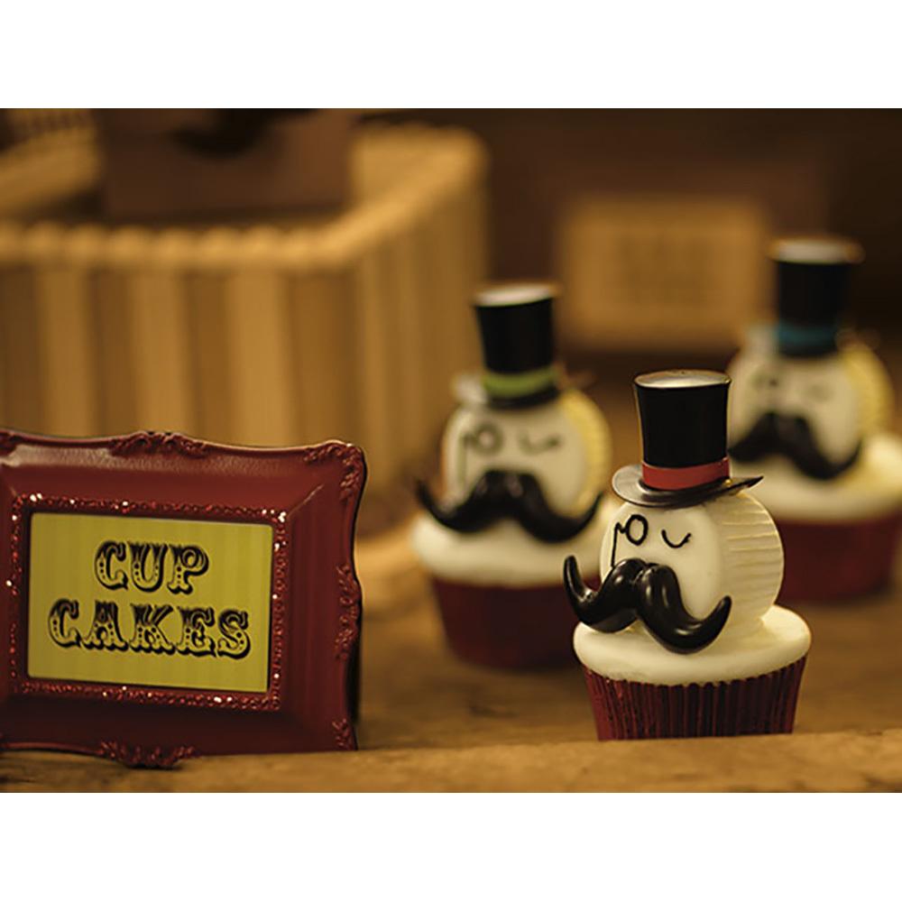 Ring Master Cupcakes