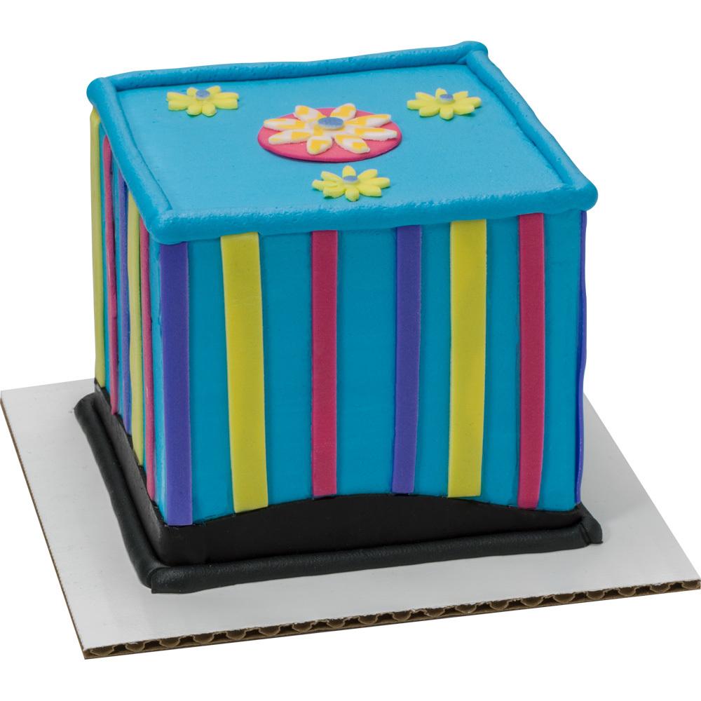 Simply Sweet Square Cake Design