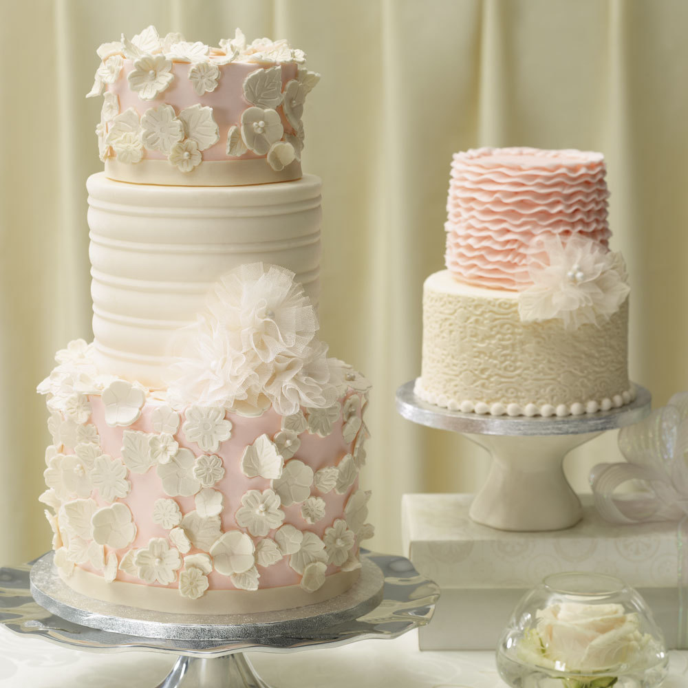 Wedding Cupcake Decorating Ideas: Vintage Glam Wedding Cakes