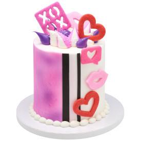 XOXO Lips and Hearts Cake Design
