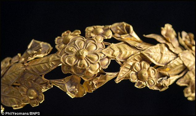 Gold Crown 2300 Yrs Old