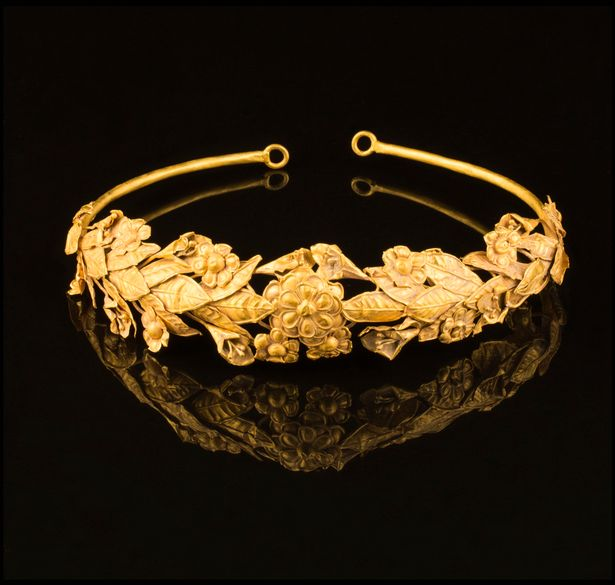 Gold Crown2
