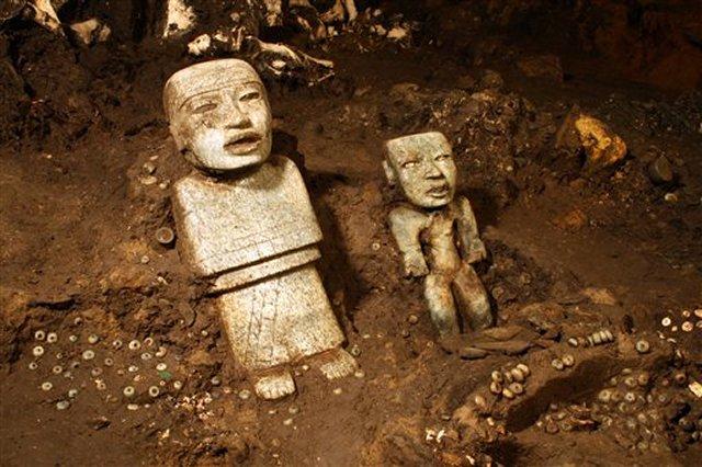 teotihuacan_figures