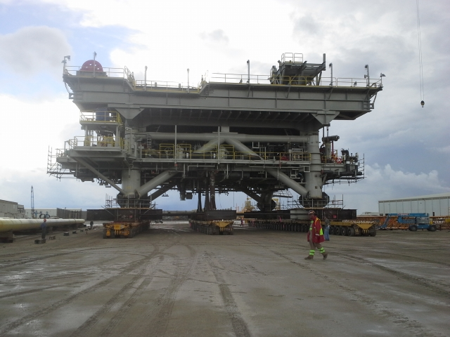 Offshore Heavy Equipment Project