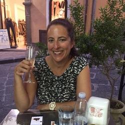Clare Centanni