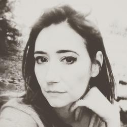 Jessica Voelker