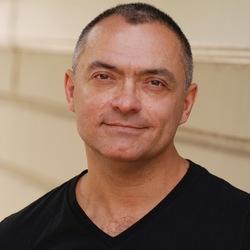 Jorge R Hernandez