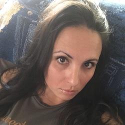 Melanie bogert
