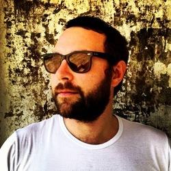 Romain Delbosc /Awaywegocycling