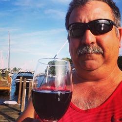 Vinny Vino
