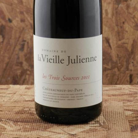 Domaine de la Vieille Julienne Les Trois Sources Châteauneuf-du-Pape Red Rhone Blend 2011