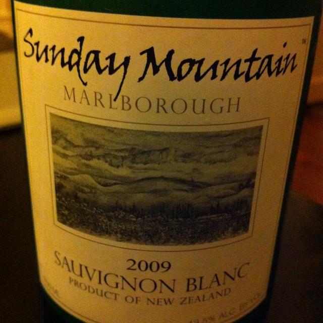Sunday Mountain Marlborough Sauvignon Blanc 2016