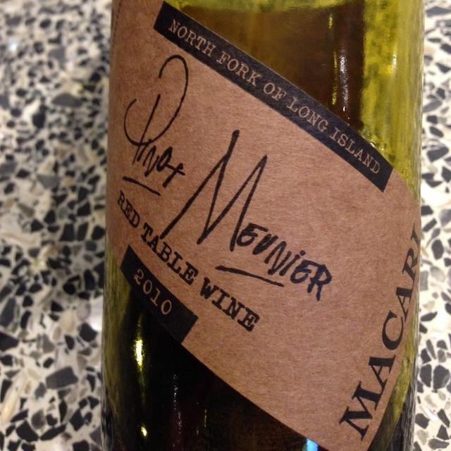 Macari North Fork of Long Island Pinot Meunier 2010 (375ml)