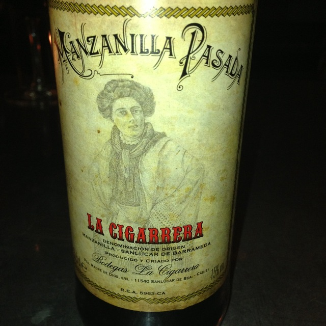 Bodegas La Cigarrera Manzanilla Pasada de Sanlúcar de Barrameda Palomino Fino NV (375ml)