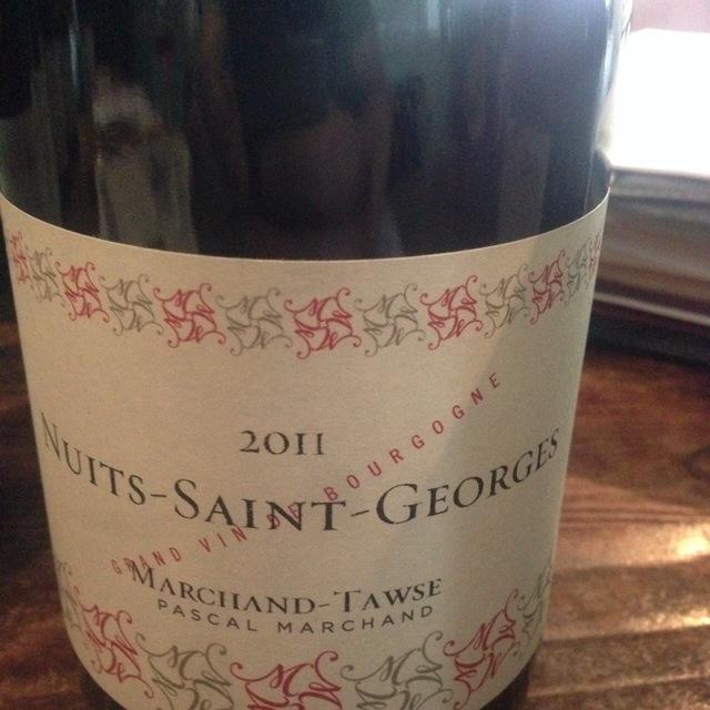 Nuits-Saint-Georges Pinot Noir 2010