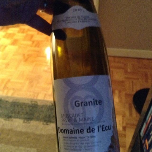 Domaine de l'Ecu (Guy Bossard) Granite Muscadet de Sèvre-et-Maine Melon de Bourgogne 2010