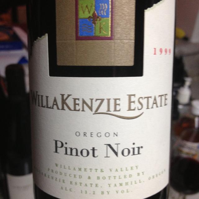 Willamette Valley Pinot Noir NV