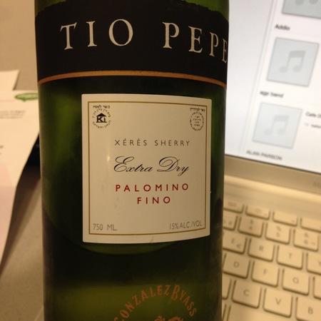 Gonzalez Byass Tio Pepe Extra Dry Jerez-Xérès-Sherry Palomino Fino NV