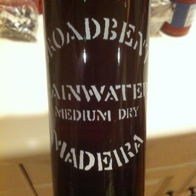 Rainwater Medium Dry Madeira NV (375ml)