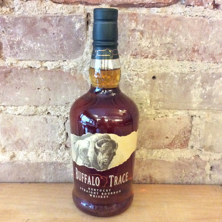 Buffalo Trace Distillery Kentucky Straight Bourbon Whiskey NV
