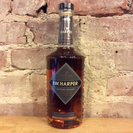 I.W. Harper Distillery Company Kentucky Straight Bourbon Whiskey NV