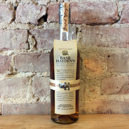 Kentucky Springs Distilling Company Basil Hayden's Aged 8 Years Kentucky Straight Bourbon Whiskey NV