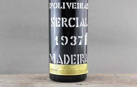 D'Oliveiras Colheita Madeira Sercial  1937