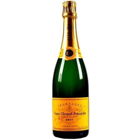 Veuve Clicquot Ponsardin Yellow Label Brut Champagne Blend NV