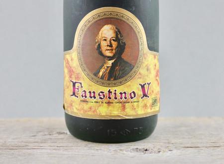 Bodegas Faustino Faustino V Reserva Rioja Tempranillo Blend 1970